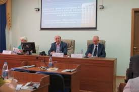 КФУ хочет бороться за возможность защищать диссертации на   Сейчас на основе нормативных документов РФ все диссертации защищаются лишь на русском языке даже если написаны на национальных языках