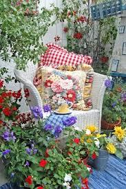 Design Your Own Romantic English Rose Garden  Ideal HomeRomantic Cottage Gardens