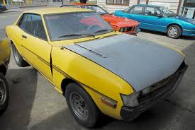 OLD PARKED CARS.: 1972 Toyota Celica GT.