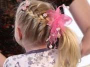 účes Na Dlouhé Vlasy Zapletený Cop Na Straně účes Pro Dívky Vrkoč Ocas