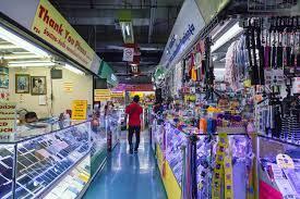 Gamer's paradise: exploring Thailand's epic electronics markets   ROG -  Republic of Gamers Global