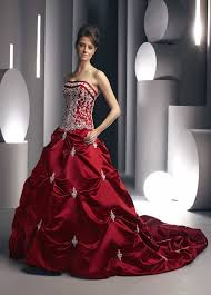 All About Fashion Mode And Beauty Red Color Wedding Gown