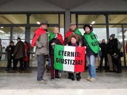 Una delegazione Afeva presente alla lettura della sentenza sulla strage di  Viareggio