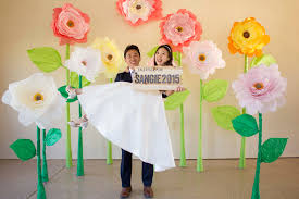 Giant Paper Flower Backdrop Sangie Giant Paper Flowers Photo Backdrop Timelapse Youtube