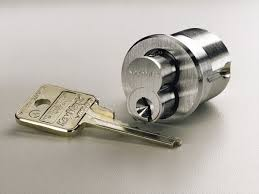 locksmith working. Locksmith Working