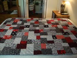 Black and White Double Slice Layer Cake Quilt & Attached Images Adamdwight.com