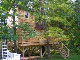 simple kids tree houses. Wood Treehouse Simple Kids Tree Houses A