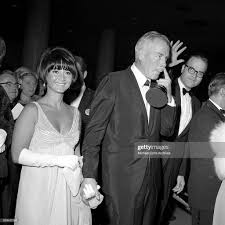 Lee Marvin with his wife Betty Ebeling walks with his Oscar for ...