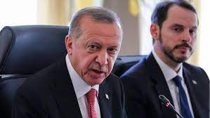 Türkei: Erdogans Schwiegersohn Berat Albayrak tritt als Finanzminister  zurück