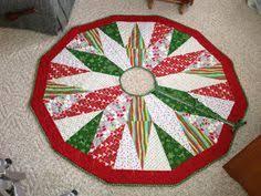 christmas tree skirt quilt pattern - Google Search | Christmas ... & christmas tree skirt quilt pattern - Google Search Adamdwight.com