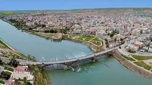 Cizre'de Yeni Karar! Esnaf Kepenk Kapattı