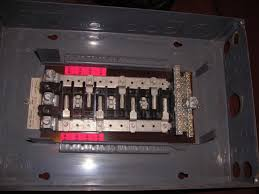 wiring my first 3 phase breaker box 3 Phase Breaker Panel Wiring qo_box_pic1 jpg 3 phase circuit breaker panel wiring