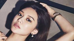 korean women such as singer and actress soo young choi take skincare seriously image insram hotsootuff