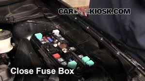 replace a fuse 2012 2015 honda civic 2012 honda civic lx 1 8l 4 6 replace cover secure the cover and test component