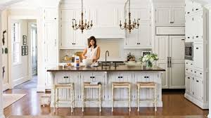 Southern Kitchen Crisp Classic White Kitchen Cabinets Southern Living