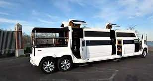 Hummer H2 Limo Transformer Jetsetta Limo Hummer H2 Jeep Cars
