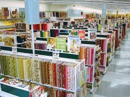 How to shop at a fabric store & I must also openly disclose the fact that I work mainly with quilting  fabrics and I am not an expert in apparel fabric, but I think some of these  tips still ... Adamdwight.com