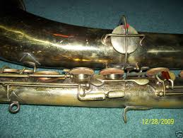 york saxophone. has on their website: http://www.vintagesax.com/soprano.html as well altos, tenors, and c-mels. anyone seen a non-stencil york straight sop? saxophone o