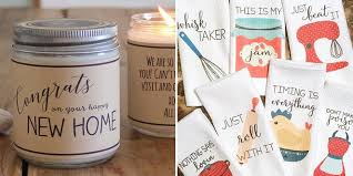 30 thoughtful housewarming gifts everyone will love