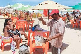 Resultado de imagem para barraqueiros de praia fotos