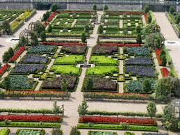 Ornamental Kitchen Garden Restaurants And Food The Magic Gardens Of Villandry Chinon