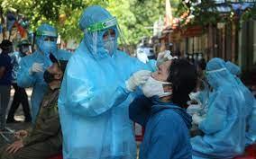 Tin COVID Nghệ An hôm nay: Vừa thích ứng an toàn, vừa kiểm soát dịch bệnh