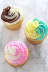 3 Ways To Make Swirled Cupcake Frosting Handle The Heat