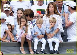 Roger Federer's Wife & Twins Watch Him Win 8th Wimbledon: Photo 3928986 |  Celebrity Babies, Charlene Federer, Lenny Federer, Leo Federer, Mirka  Federer, Myla Federer, Roger Federer, Sports Pictures