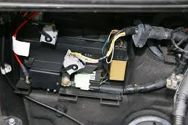 blocking protection problem front wipers wiper relay is mounted next to transfer box ecu behind the battery