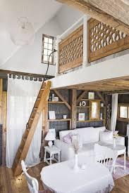 Stylish farmhouse master bedroom decor ideas Rustic Bedroom Barrainformativa 50 Best Farmhouse Style Ideas Rustic Home Decor