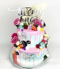 7 21 Best Birthday Cakes Photo Girls 21st Birthday Cake Ideas