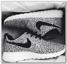 nike tennis shoes. black and white nike tennis shoes womens