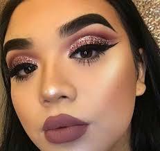 monochromatic makeup monochromatic fashion monochrome looks monochromatic beauty lipstick brown