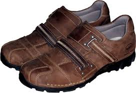 Shoe | footwear | Britannica