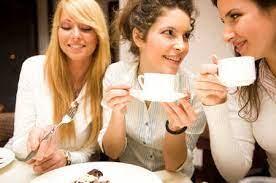 Desayuno entre amigas?....Te... - La Mora Pasteleria | Facebook
