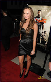 Madeline Carroll Machine Gun Preacher Premiere In California