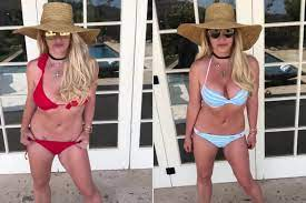 Britney Spears poses in 'favorite ...