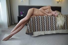Bisexuel com passionate twinks go bareback