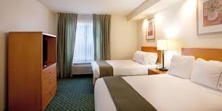 holiday inn express new orleans east hotel by ihg holiday inn express new orleans 4187790860 2x1