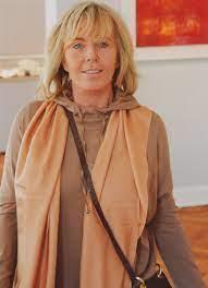Biography - Heidi Stein