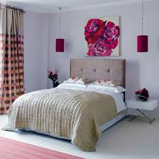 Collect this idea photo of small bedroom design and decorating idea - biege  and roses