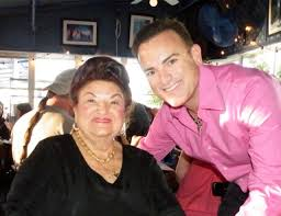 Heartfelt Wishes To HSN Host Bill Green On His Mom's Passing |  Homeshoppingista's Blog By Linda Moss