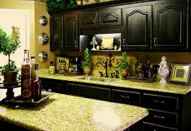 Decorate Kitchen Countertops Decorating Ideas For Kitchen Counters Thelakehousevacom