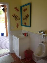 Pool house bathroom- tiki