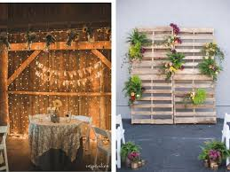 wooden pallet gives a great look to a rustic wedding theme these wooden frames can be decorated with diffe colorful accents