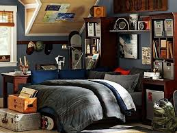 ... Sports inspired teenage boys bedroom ...