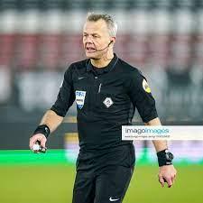 ALKMAAR Referee Bjorn Kuipers during the Dutch Eredivisie match between AZ  Alkmaar and ADO Den Haa