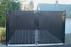 Image Rdpnorthernalbania Org Pinterest Black Chain Link Fence With Privacy Slats Google Search