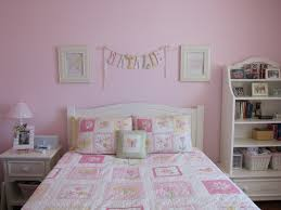 Pink Bedroom Decorating Pink And White Bedroom Ideas