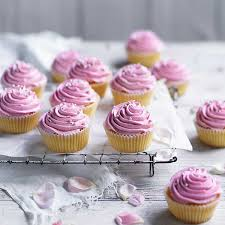 Vanilla Cupcakes With Buttercream Frosting Simmone Logue